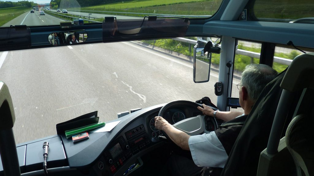 Using dashcams for coaches to improve driver training