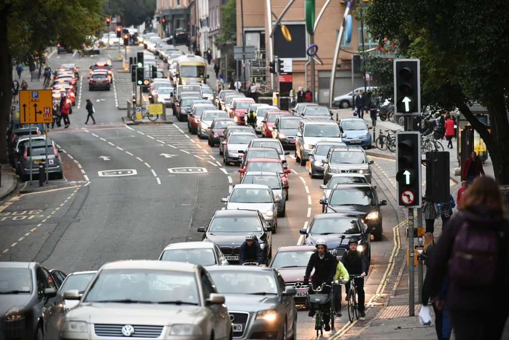 Reducing congestion through demand-responsive bus services