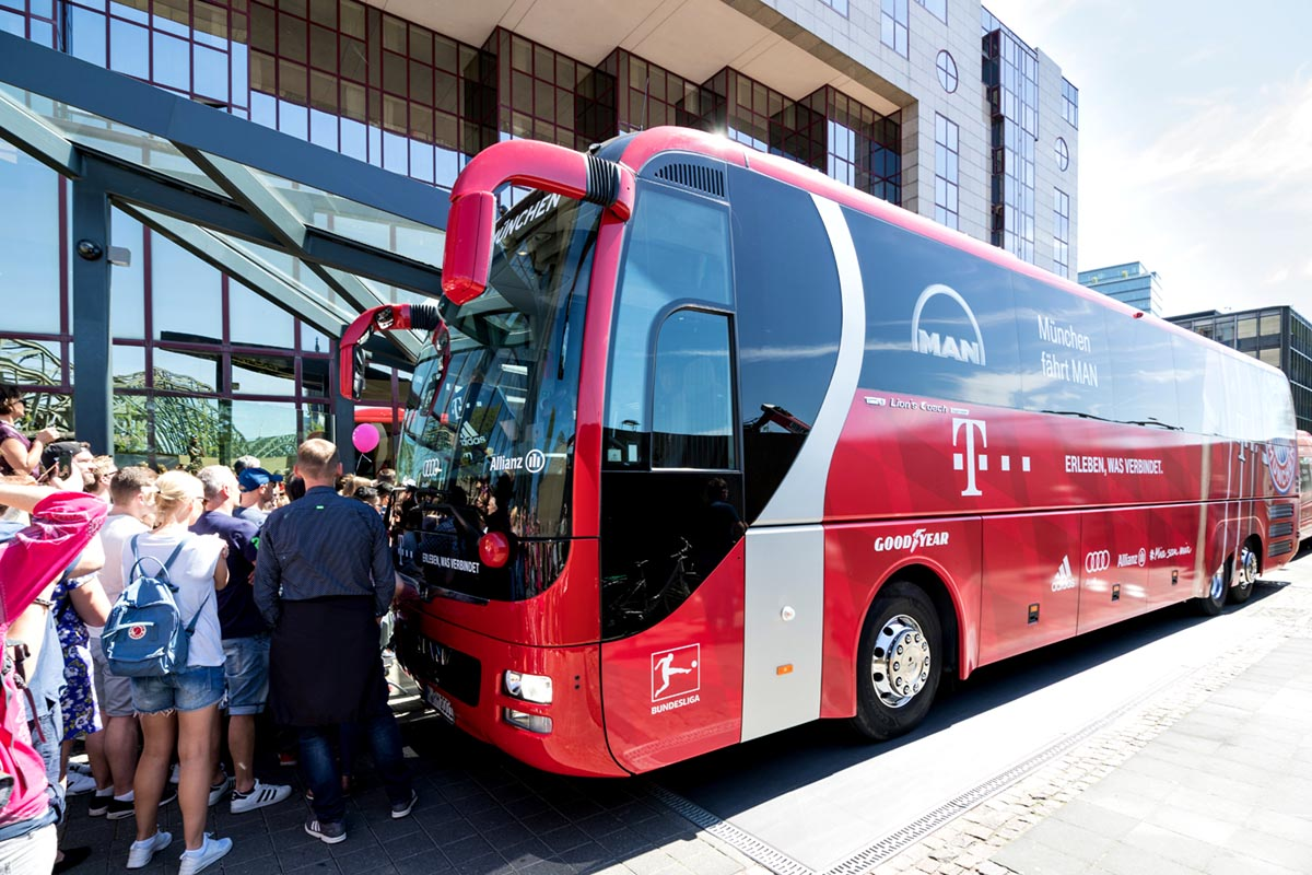 Running coach travel for sports events